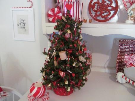 kitchen tree 006
