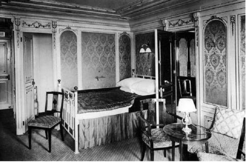 Titanic 1st class cabin